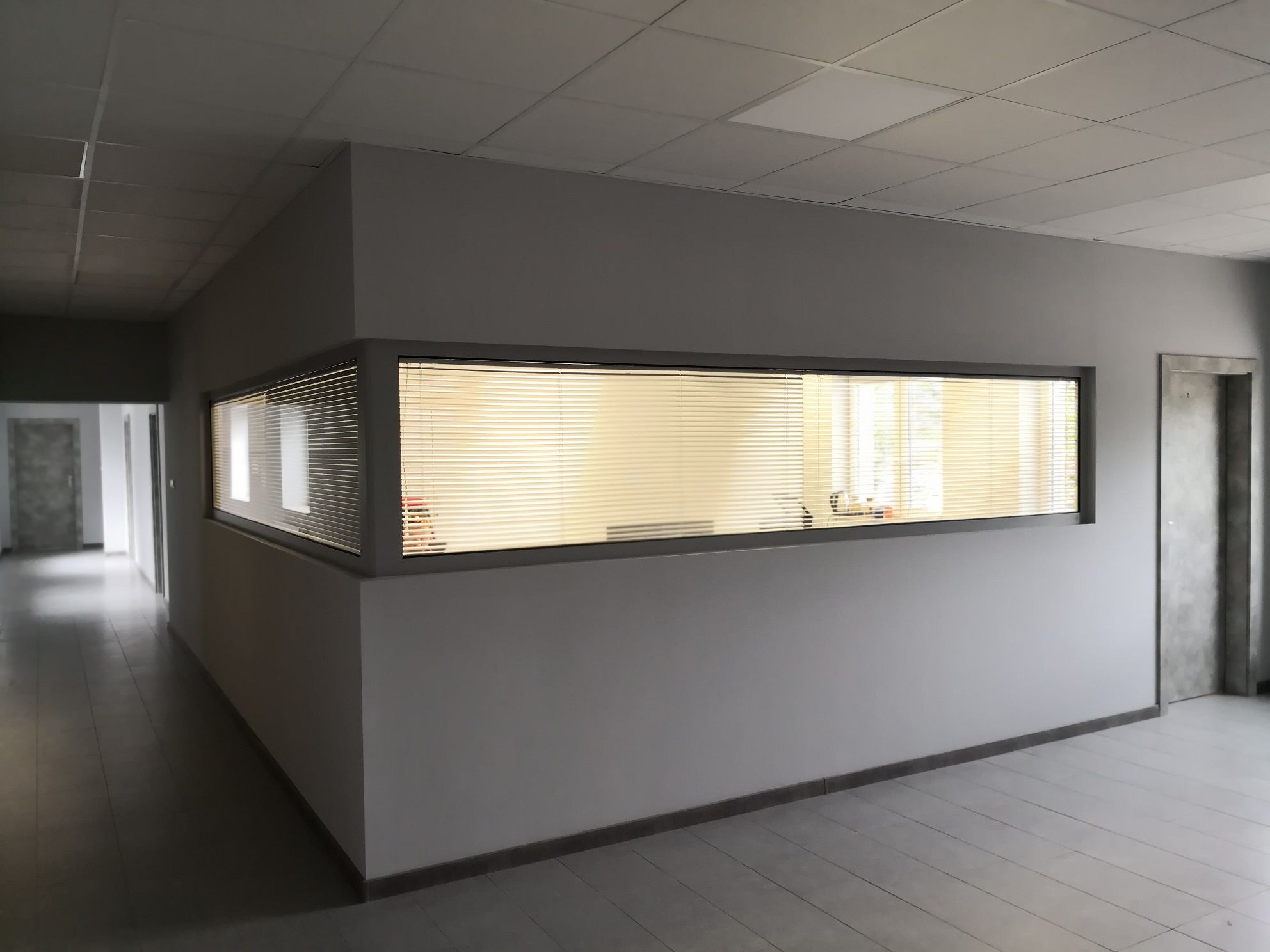 Wykonanie biur w firmie Krozmet
