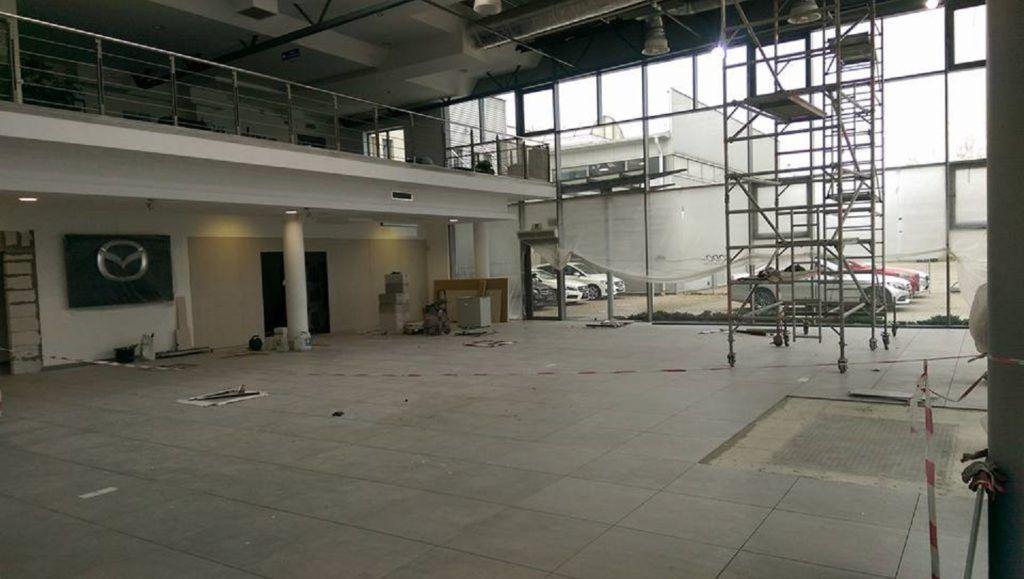Remont salonu sprzedaży Mazdy i Mercedesa w Auto Idea Olsztyn